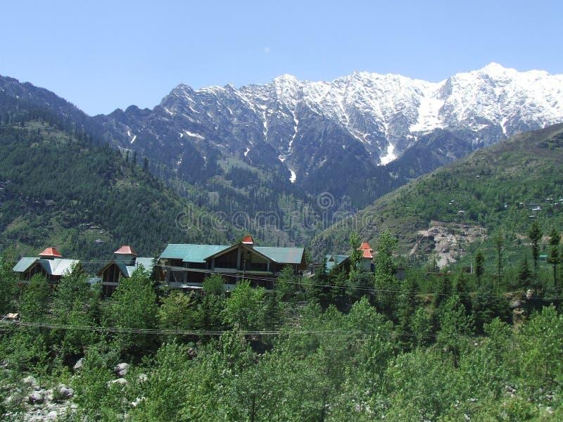 美丽的manali村庄 免版税库存图片