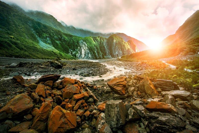 美丽风景狐狸冰川西海岸南方新西兰 免版税库存照片