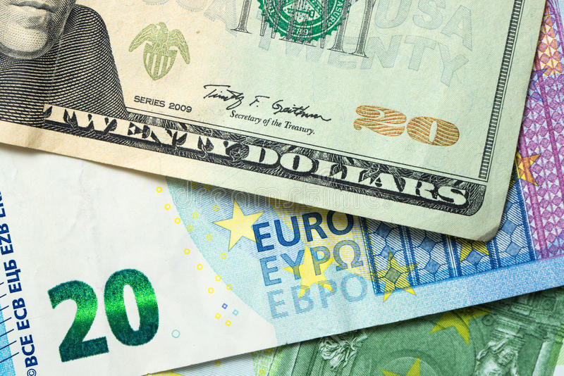 美元和欧洲钞票 免版税库存图片