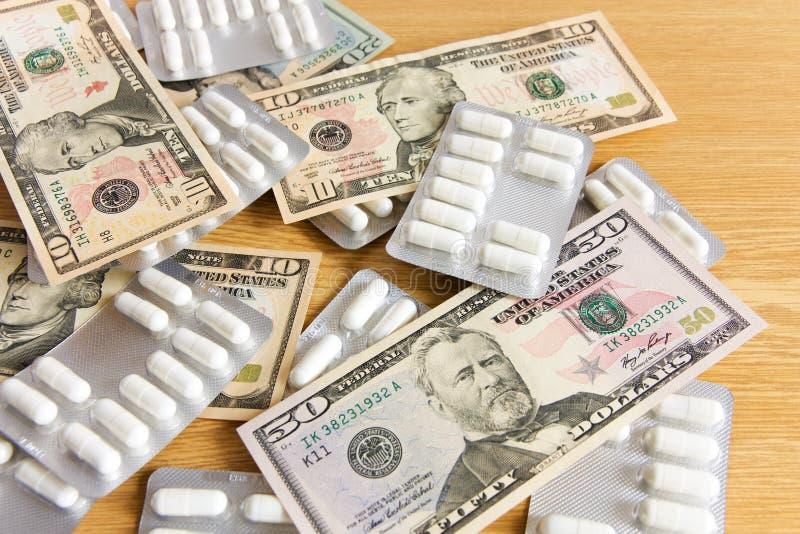 美元和药物 库存照片