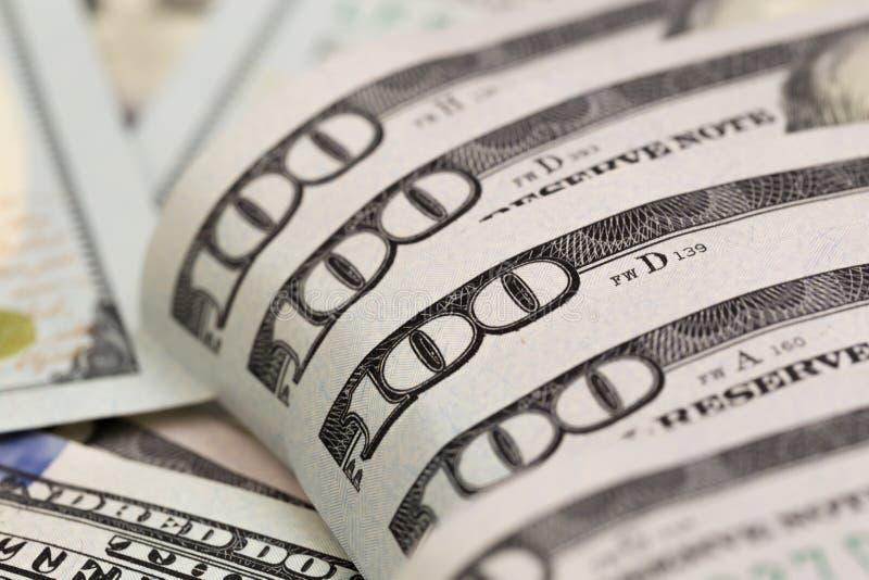 美元特写镜头概念 美国美元兑现金钱 一百美元钞票 - ?? 免版税库存图片