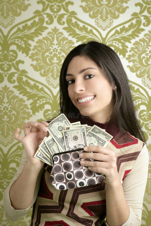 美元钱包减速火箭的葡萄酒墙纸妇女 免版税图库摄影