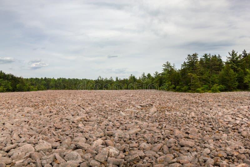 美利坚合众国宾夕法尼亚州哈莫尼湖山核桃园州立公园博尔德球场 免版税图库摄影