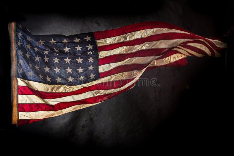 美利坚合众国的老难看的东西旗子 库存照片