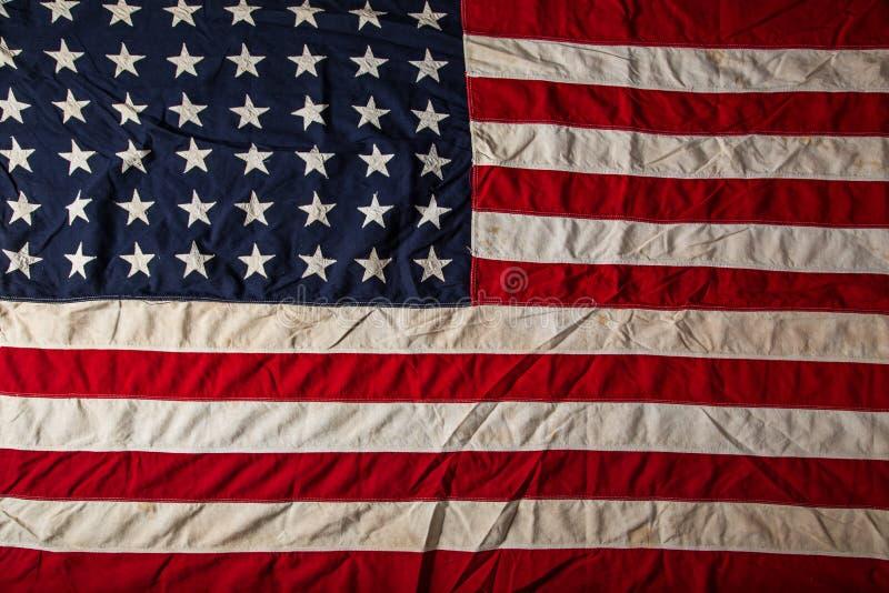 美利坚合众国的老难看的东西旗子 免版税库存照片