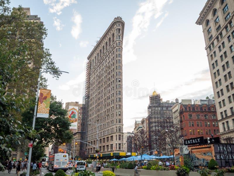 美利坚合众国纽约市曼哈顿:[麦迪逊广场Daniel Burnham建造的Flatiron Fuller大楼] 免版税库存图片
