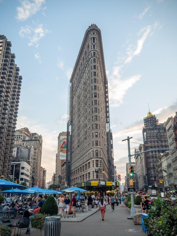 美利坚合众国纽约市曼哈顿:[麦迪逊广场Daniel Burnham建造的Flatiron Fuller大楼] 库存照片
