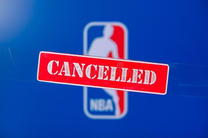 美利坚合众国纽约市,3月 16 篮球联赛因冠状病毒Covid-19被取消或推迟 红斑驳 库存照片