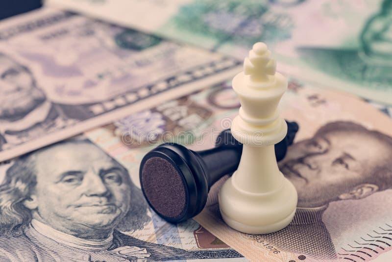 美国和中国提供经费给贸易战概念,黑失败者和白色wi 免版税库存照片
