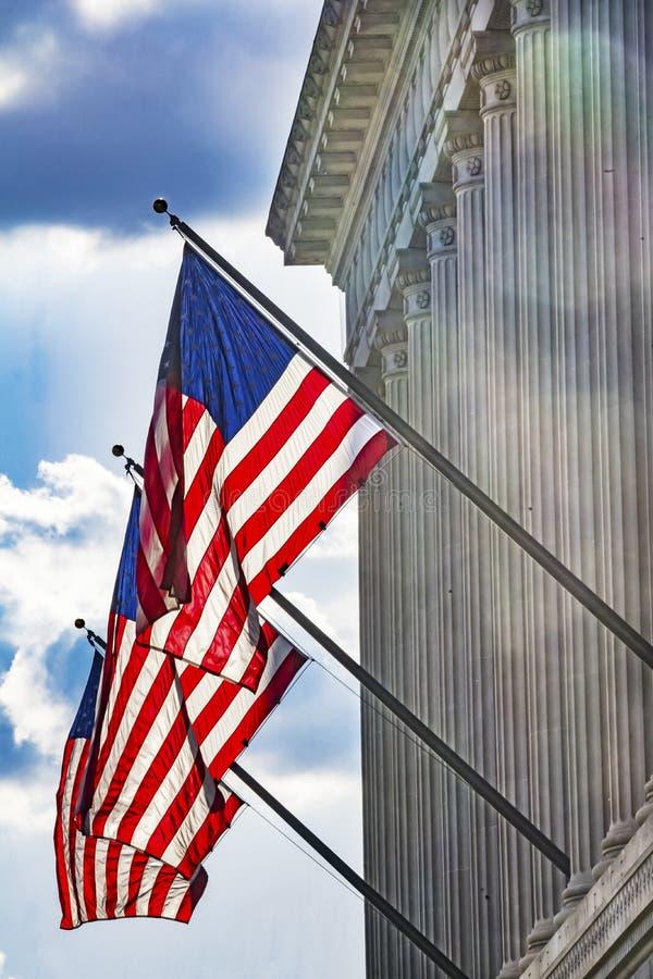 美国国旗赫伯特・胡佛修造的商务部华盛顿特区 库存图片