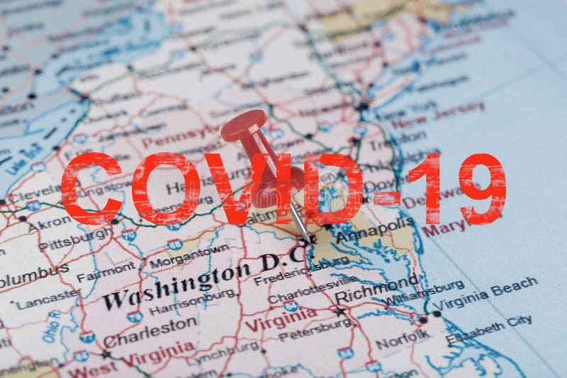 美国地图上的红色神职人员箭头,上面刻着COVID-19华盛顿南部和首都 免版税库存图片
