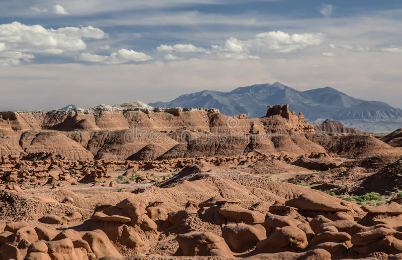 美国恶鬼自然始发地大草原红砂岩雕塑难以相信的谷 免版税库存照片
