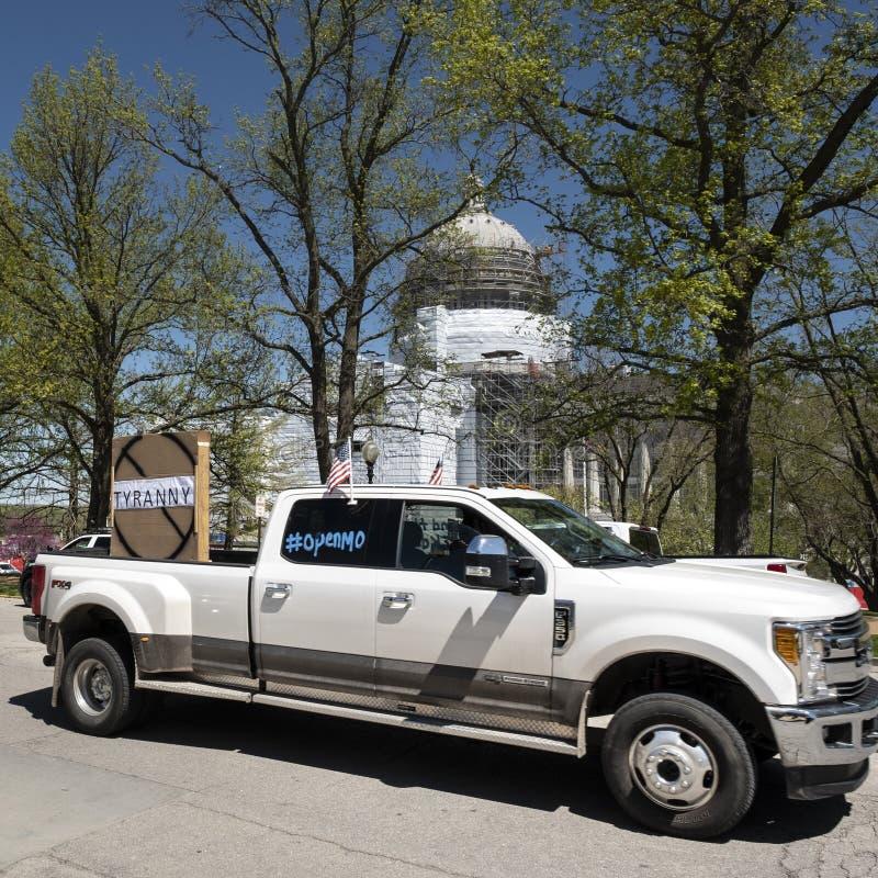 美国杰斐逊城2020年4月21日:密苏里州首府抗议重新开放州 免版税库存照片
