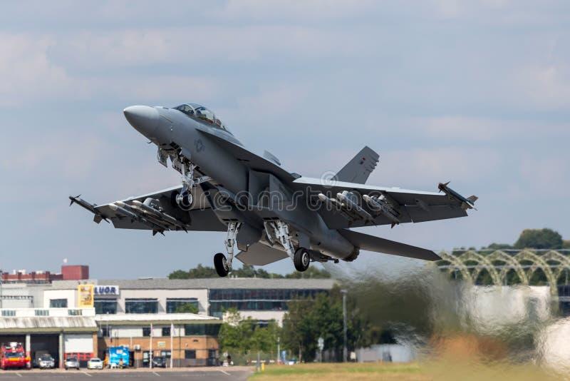美国海军波音F/A-18F超级大黄蜂多角色战机 免版税库存照片