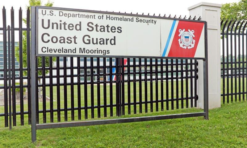 美国海岸卫队驻地在被反对的恐怖密谋克利夫兰,俄亥俄站点  免版税库存图片