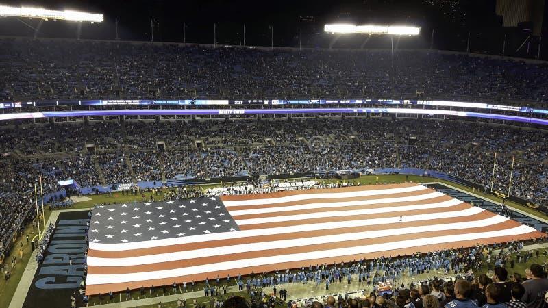 美国的旗子在体育场内 库存图片