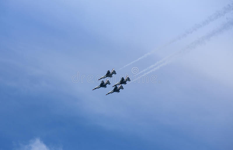美国空军队雷鸟喷气机 免版税图库摄影