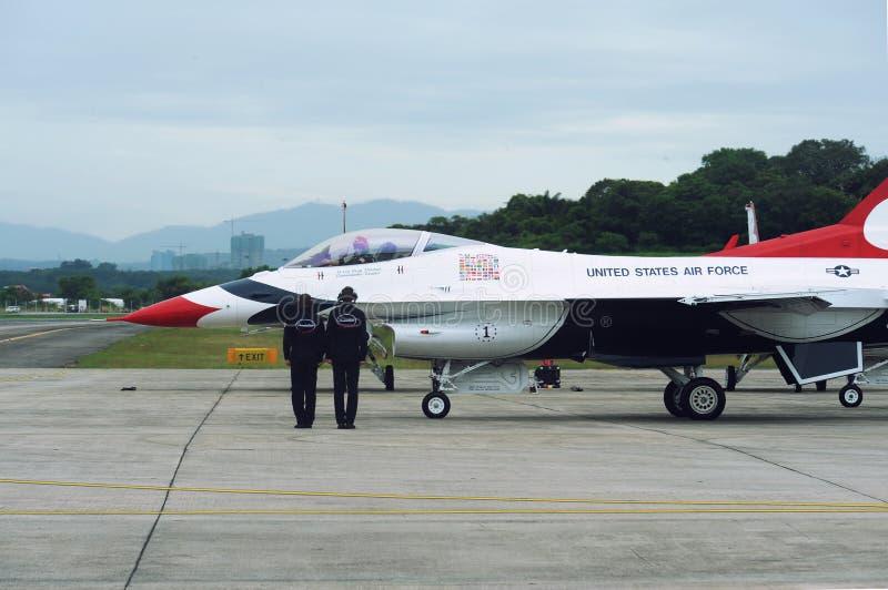 美国空军雷鸟喷气机, F-16C猎鹰 免版税库存照片