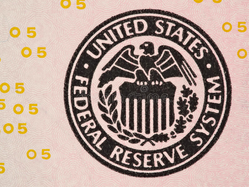 美国联邦储备系统的封印在的我们5美金macr 免版税库存照片
