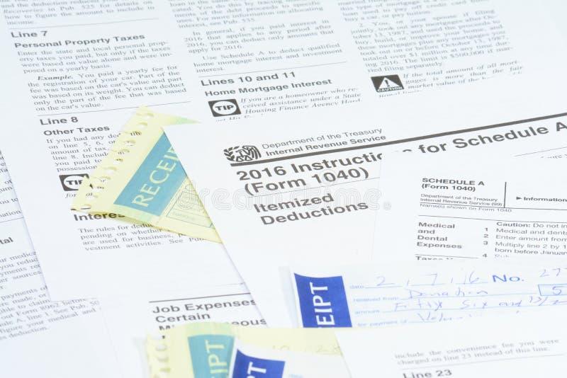 美国联邦税务局报税表 免版税图库摄影