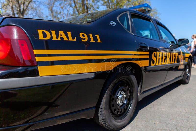 美国警车在一个营业日站立 库存照片