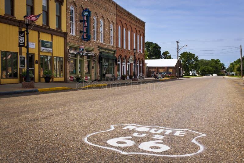 美国路线66的舒展在市亚特兰大,伊利诺伊,美国 图库摄影