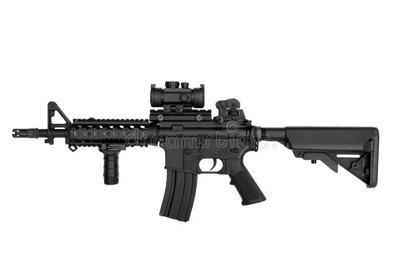 美国陆军在白色背景隔绝的武器M4A1马枪 库存照片