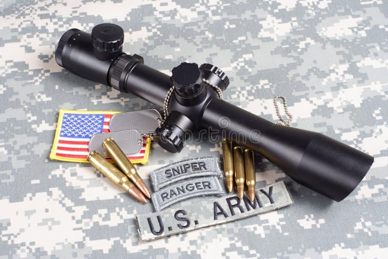 美国陆军背景有范围和权威的概念狙击手 免版税图库摄影