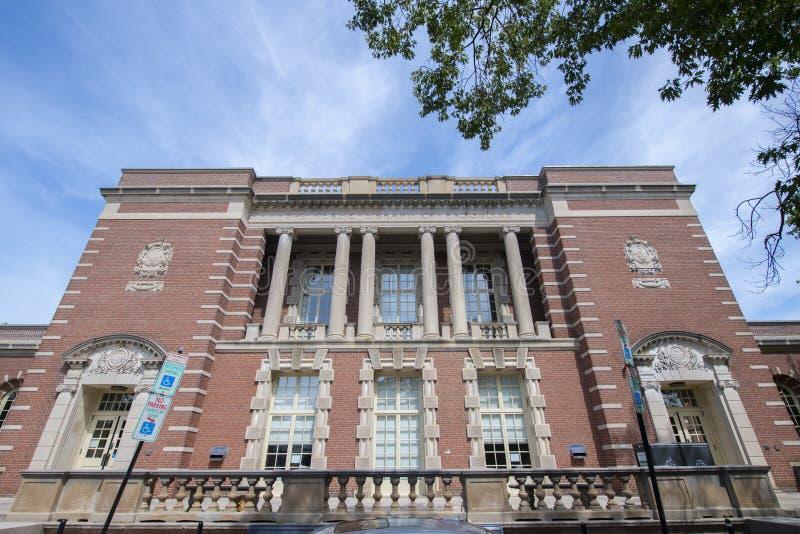 美国马萨诸塞州布鲁克林市公共图书馆 免版税库存图片