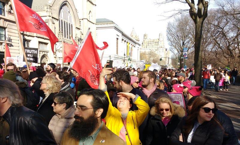 美国,妇女` s NY 3月, NYC,美国的民主党社会主义者 库存照片