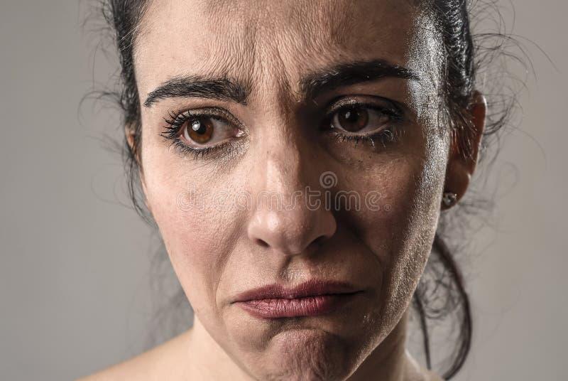 痛苦的眼睛的泪花 库存照片 - 图片 包括有 讲西班牙语的美国人, 女孩