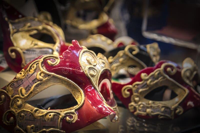 美好和明亮的狂欢节威尼斯式面具特写镜头 图库摄影