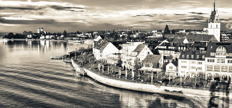 美好的中世纪建筑学在腓特烈港-德国 免版税库存图片