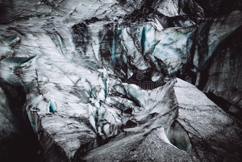 美好的冰纹理特写镜头在岩石的 免版税图库摄影