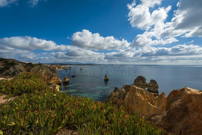 美好的卡米洛海滩普腊亚在拉各斯,葡萄牙做卡米洛和拉各斯海湾 库存图片