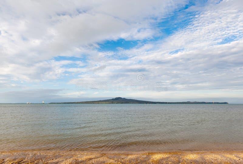 美好的场面朗伊托托岛,奥克兰,新西兰 免版税图库摄影