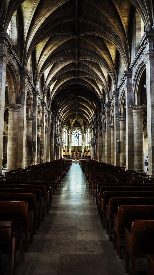 美好的大教堂内部Notre Dame 免版税图库摄影