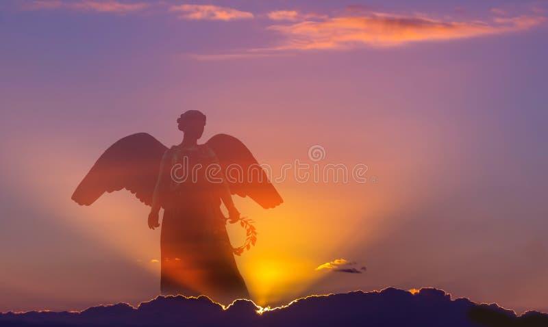 美好的天使在天堂 向量例证