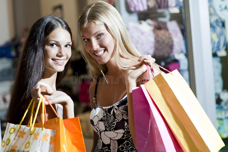 美好的女孩购物 库存图片