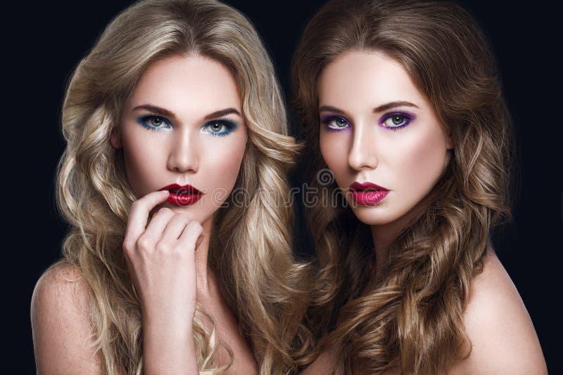 美好的妇女时装模特儿 Haircare概念 库存照片
