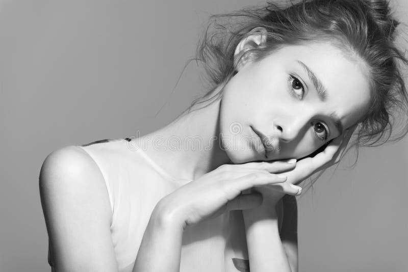 美好的妇女模型魅力画象与 库存图片