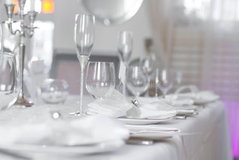 美好的婚礼桌集合的图象 免版税库存照片