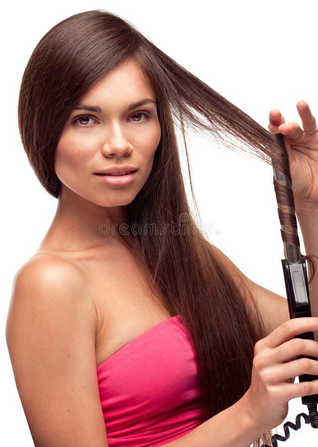美好的执行的女孩发型相当 免版税库存照片
