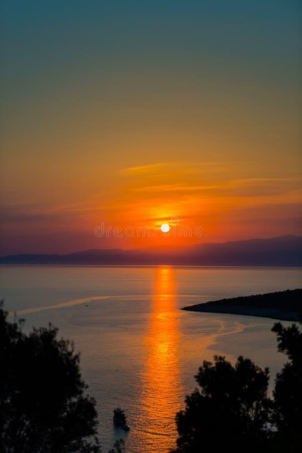 美好的日落在希腊 免版税库存图片
