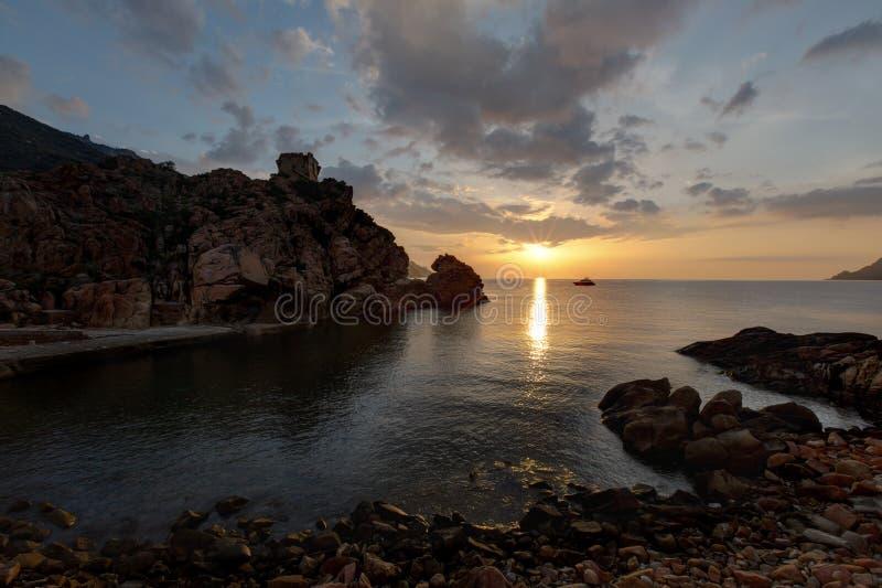 美好的日落在波尔图-可西嘉岛法国 库存图片
