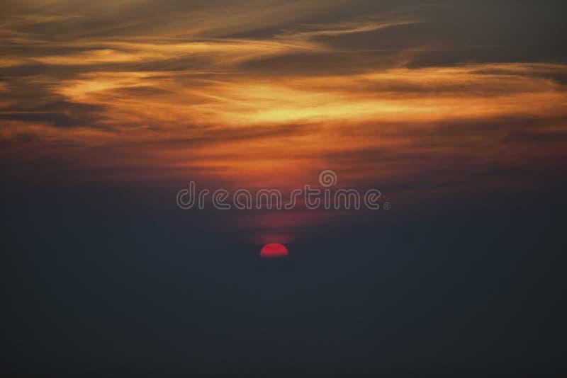 美好的日落的旅行照片 免版税库存图片