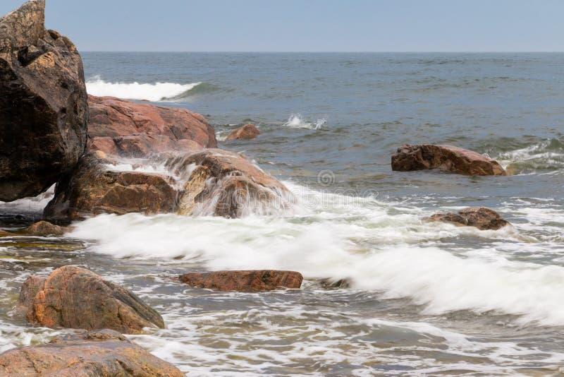 美好的海岸线在东部瑞典 免版税库存照片