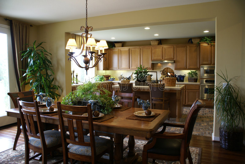 美好的用餐的厨房空间 免版税图库摄影