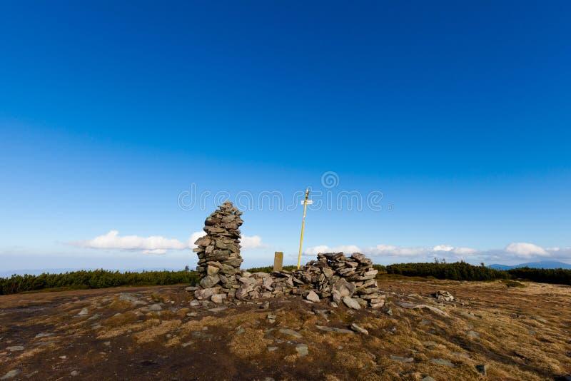 美好的秋天Beskidy山风景 免版税库存照片