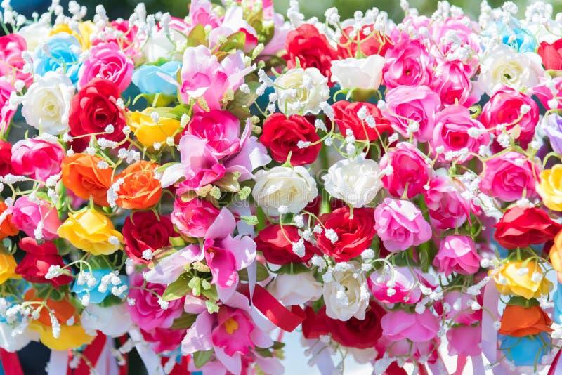 美好的花 婚姻和祝贺事件的五颜六色的花 问候和毕业的概念花  库存图片